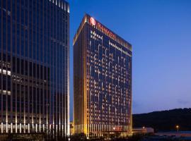 Ramada Jinan, hotel near Jinan Yaoqiang International Airport - TNA, Jinan