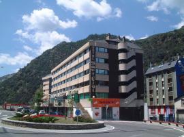 Hotel Sant Eloi, hotel in Sant Julià de Lòria