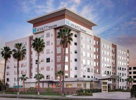 Hyatt House Irvine/John Wayne Airport, hotel in Irvine