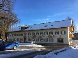 Hotel im Sonnental, hotel near Glentleiten Open Air Museum, Jachenau