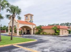 Days Inn by Wyndham Ormond Beach, hotel near Daytona International Speedway, Ormond Beach