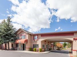 Days Inn by Wyndham Flagstaff I-40, hotel near Walnut Canyon National Monument, Flagstaff