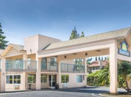 Days Inn by Wyndham Redwood City, hotel in Redwood City