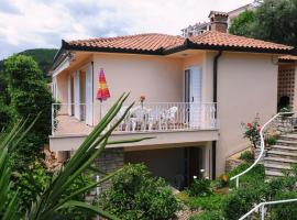 Apartments with a parking space Rabac, Labin - 11325, pet-friendly hotel in Rabac