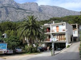 Apartments with a parking space Tucepi, Makarska - 2676, room in Tučepi