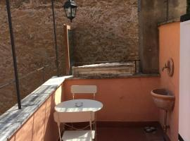 Montoro 15 Attic Suite, hotel with jacuzzis in Rome