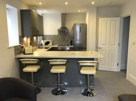 Modern and stylish apartment, hotel in Hastings