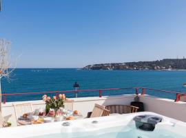 Maison Baieta, hotel with jacuzzis in Antibes