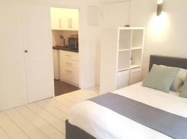 Sea and Sun, budget hotel in Saint-Tropez