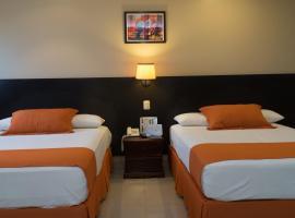 Hotel Los Almendros, hotel in Manta