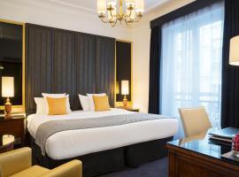 Melia Paris Champs Elysées, hotel near Rue de la Pompe Metro Station, Paris