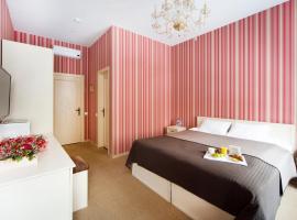 Avenue, hotel near Vitebsky Train Station, Saint Petersburg