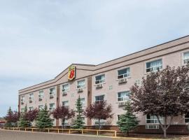 Super 8 by Wyndham Edmonton/West, hotel in Edmonton