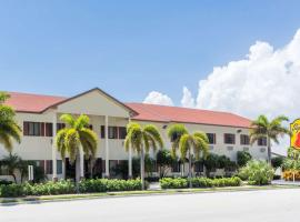 Super 8 by Wyndham Pompano Beach, hotel near Palm Aire Country Club, Pompano Beach