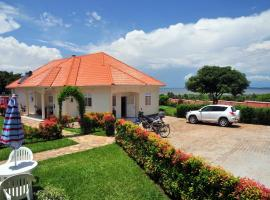 Victoria Lake View Guesthouse & Safaris, guest house in Entebbe