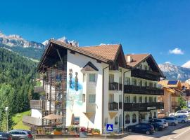 Hotel Fanes Suite & Spa, hotel in Moena