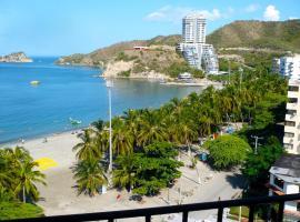 Apartamento 10c Edf.Playa, hotel cerca de Playa El Rodadero, Santa Marta