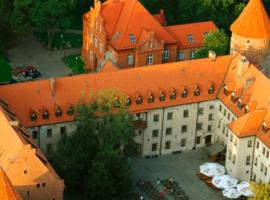 Hotel Zamek Bytów – hotel w mieście Bytów