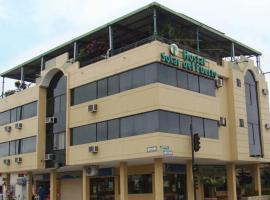 Hostal Solar Del Puerto, hotel in Machala