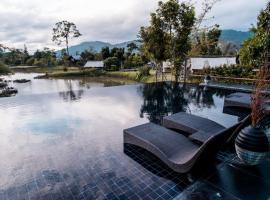 Lala Mukha Tented Resort Khao Yai, resort in Mu Si