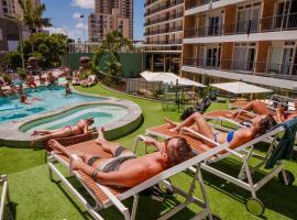 Bunk Surfers Paradise, hostel in Gold Coast