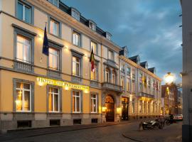 Hotel The Peellaert Brugge Centrum – Adults only, hotel near Zeebrugge Strand Train Station, Bruges