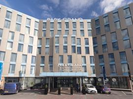 Park Grand London Heathrow, hotel in Hounslow