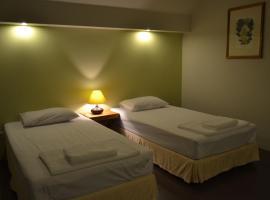 Phuket Campground, hotel in Mai Khao Beach