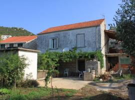 Holiday house Lastovo - 8289, holiday home in Lastovo