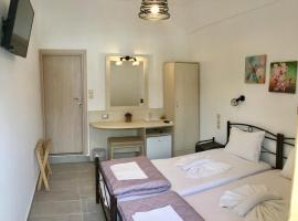 Platanos Rooms, hotel near Samaria Gorge, Anopoli Sfakion