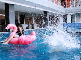 Merapi Merbabu Hotels Bekasi, hotel di Bekasi