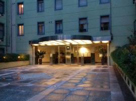 Zara Cosy & Cheap Apartment - Free parking - OPEN 24H, hotel near Ospedale Niguarda, Milan