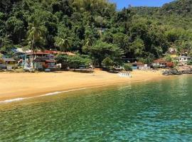 Nena's Suítes, guest house in Praia de Araçatiba