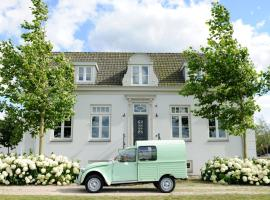 Boutique hotel Villa Oldenhoff, self catering accommodation in Abcoude
