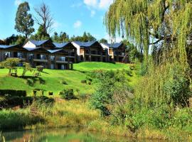 Premier Resort Sani Pass, golf hotel in Himeville