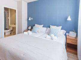 Mumm by Pillow, hotel a Vilanova i la Geltrú