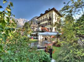 Villa Novecento Romantic Hotel, hotel near Skyway Monte Bianco, Courmayeur