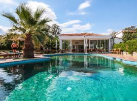 Ostria, romantic hotel in Agia Paraskevi