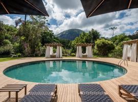 Pousada Tankamana, hotel with pools in Itaipava