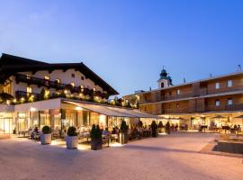 Hotel Wirtshaus Post, Hotel in Sankt Johann in Tirol