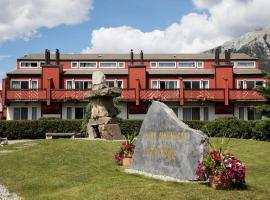 Rocky Mountain Ski Lodge, hotel in Canmore