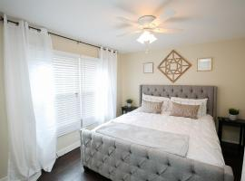 Belmont Heights Long Beach- King Bed - Fast WiFi - Free Parking, apartment in Long Beach