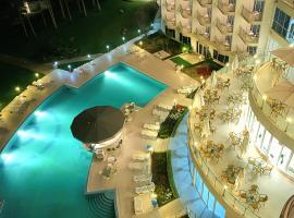 Хотел Аква Азур, хотел близо до Университетска Ботаническа Градина, Св. Св. Константин и Елена