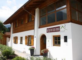 Ferienhaus Alpinissimo, Ferienwohnung in Oberammergau