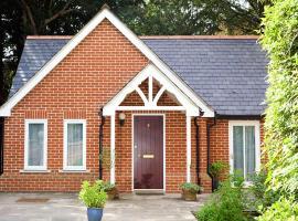 Ebury Cottages & Apartments, apartment in Canterbury