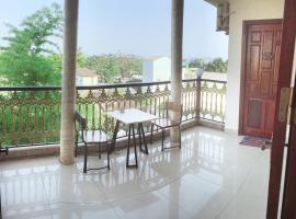 Nam Phương Riverside Villa, pet-friendly hotel in Hue