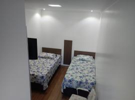 Mini Kitnet - Santa Cruz do Sul, hotel em Santa Cruz do Sul