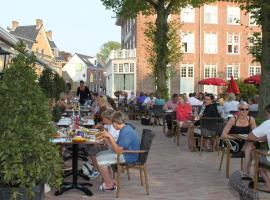 Loetje Overveen, hotel dicht bij: Landgoed Beeckestijn, Overveen