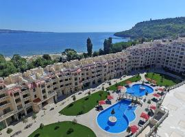 Varna South Bay Luxury Apartments, хотел близо до Плаж Аспарухово, Варна