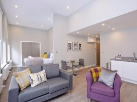 Destiny Scotland Apartments at Nelson Mandela Place, hotel near Glasgow Queen Street Station, Glasgow